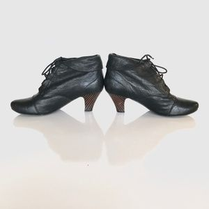Jeffrey Campbell Black Leather Bedford Booties 9